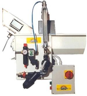 Sistema di bagnatura cereale semiautomatico con coclea a bagno